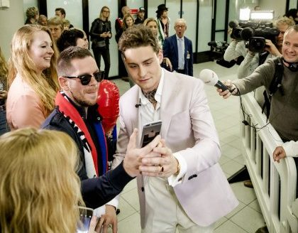 Douwe at Schipol