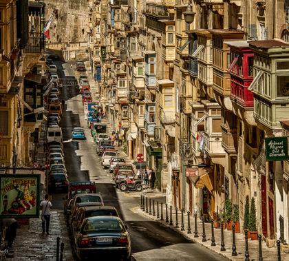 frank,malta-valetta-balkone,photographed-by-pana53-pana53-valetta-altstadt-balkone-unesco-mittelmeer-malteser-nikon-nikon-d800-malta-insel