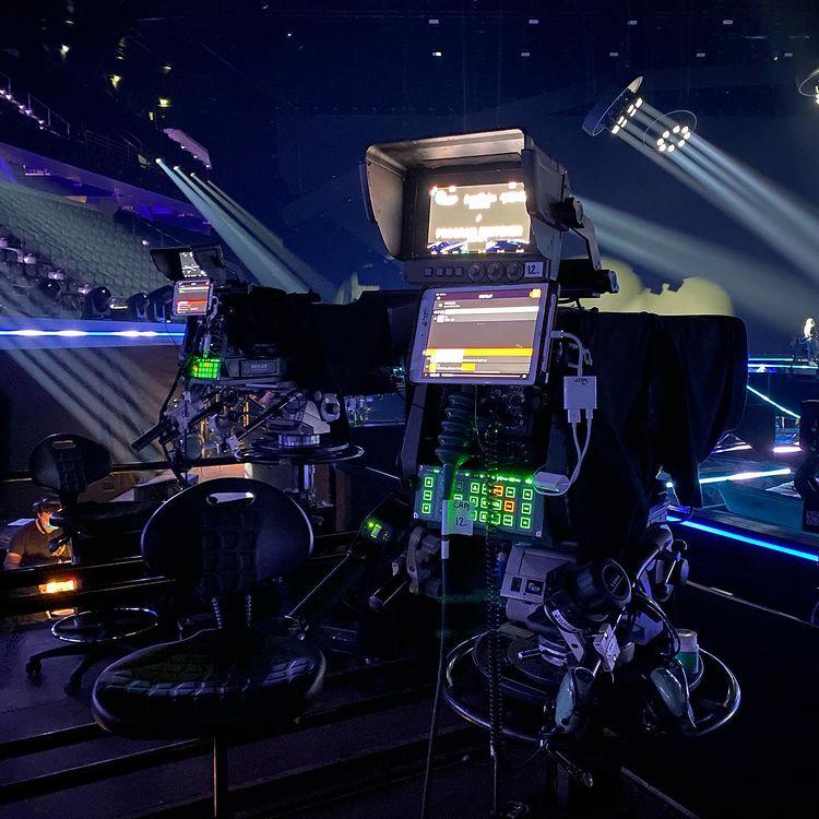 Eurowizja 2021, Rotterdam, scena, oświetlenie, kamery, ekran LED, budowa, kamera